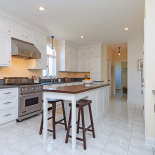 Flemington Kitchen with StarMark Cabinetry 11