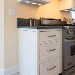 Flemington Kitchen with StarMark Cabinetry 17