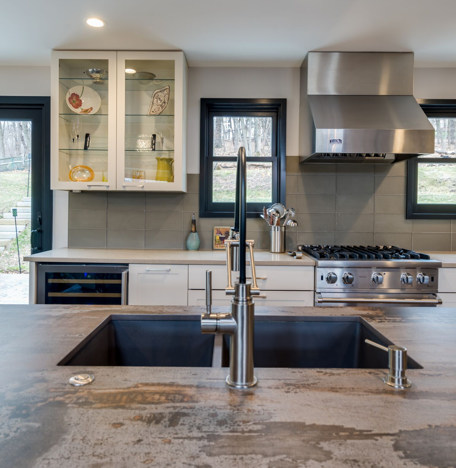 New Hope Kitchen with UltraCraft & StarMark Cabinetry ...