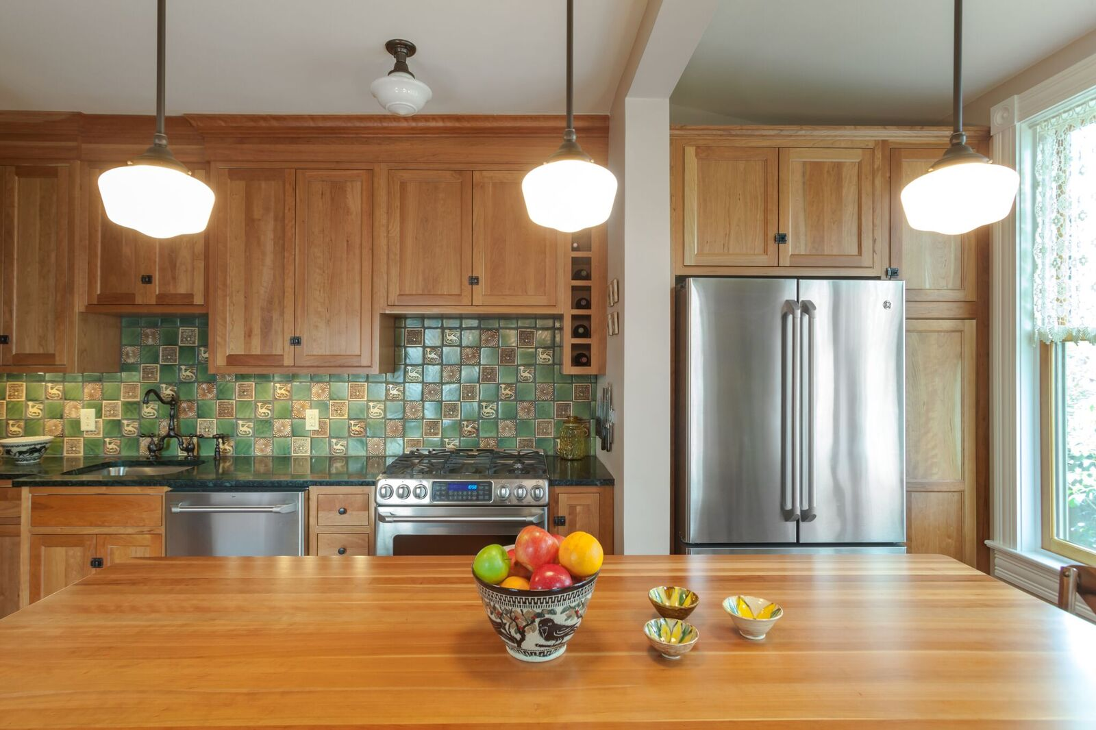 Lambertville Kitchen with StarMark Cabinetry - Niece Lumber