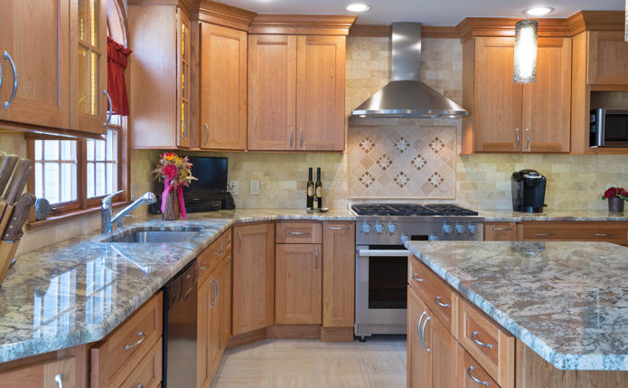 Lambertville Kitchen with StarMark Cabinetry